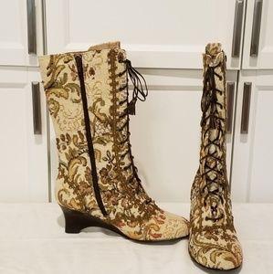Mudd wedge zip up boots